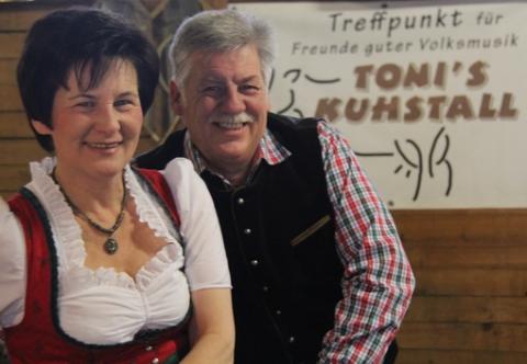 Brigitte und Anton in Tonis Kuhstall